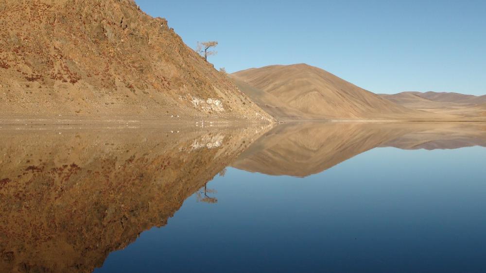 Khukh Nuur lake (Turgen, Mongolia) wallpaper