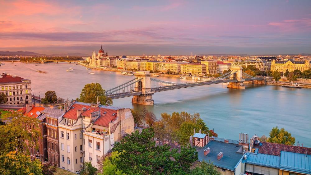 Budapest cityscape wallpaper