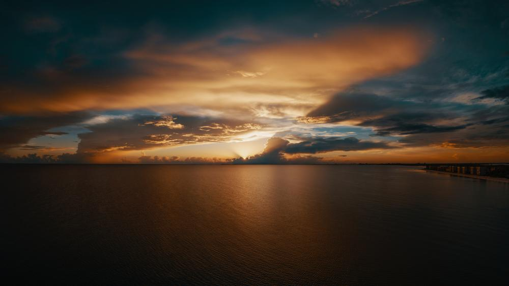 Seascape at sunset wallpaper
