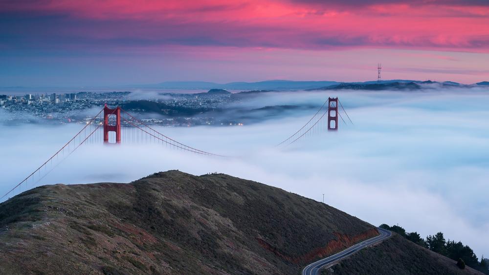 Golden Gate Bridge in the fog wallpaper