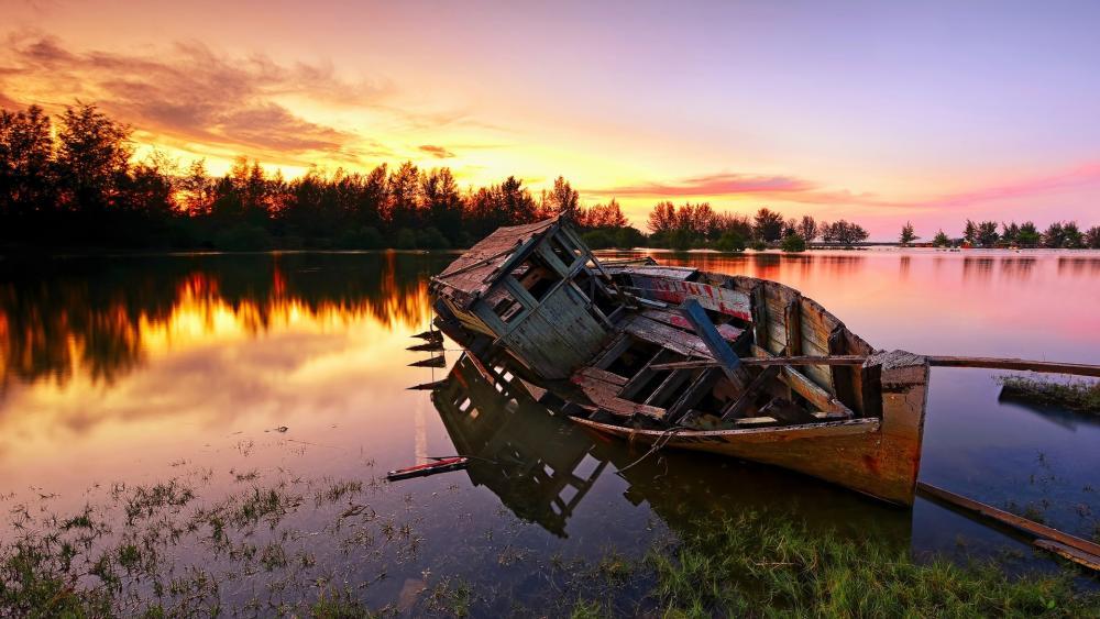 Abandoned boat wreck wallpaper