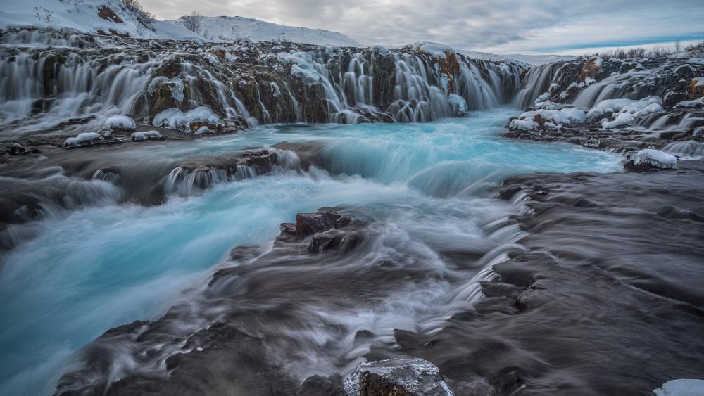 Frozen Bruarfoss Waterfall wallpaper