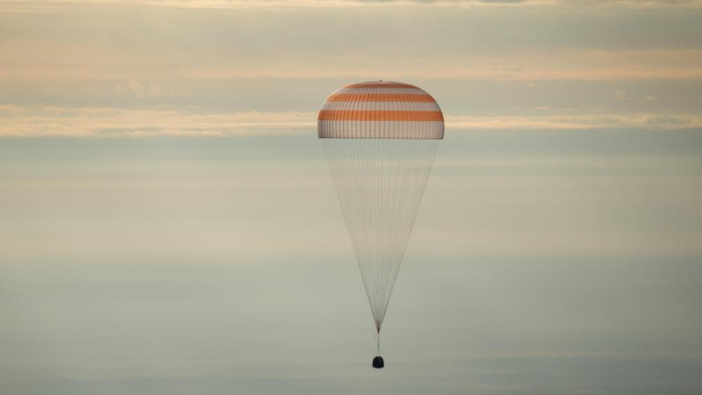Expedition 49 Soyuz MS-01 Landing wallpaper