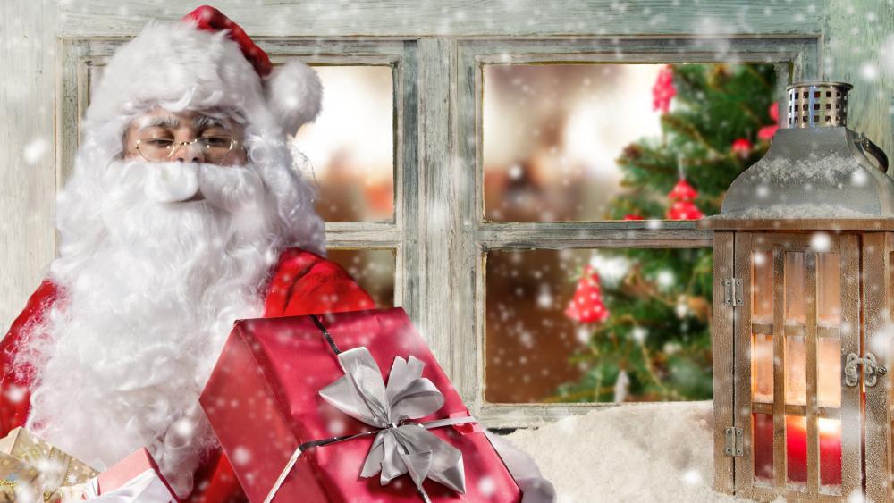 Santa Claus at Christmas wallpaper
