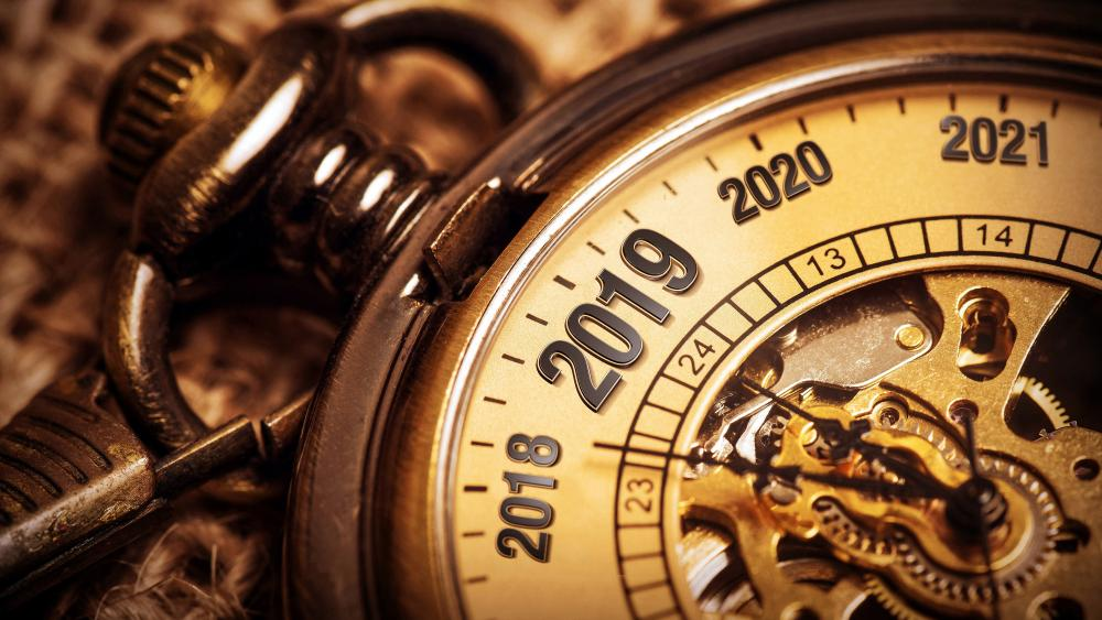 2019 Pocket watch countdown wallpaper