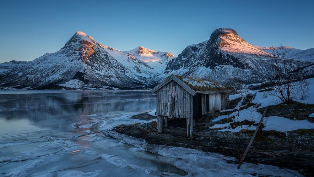 Beautiful winter landscape from Norway wallpaper