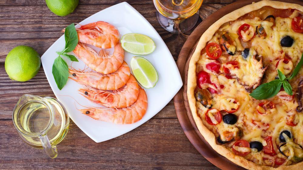 Pizza with shrimp scampi wallpaper