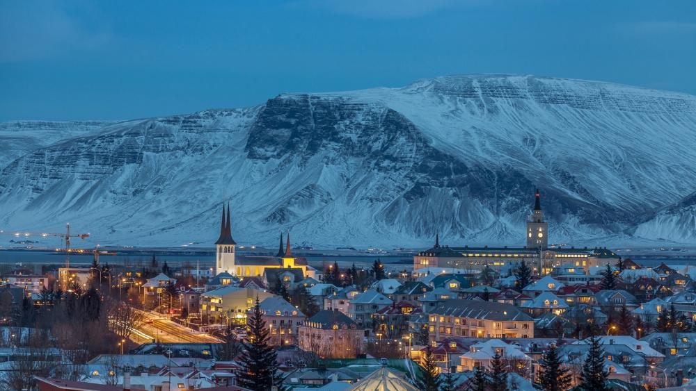 Reykjavik at blue hour wallpaper