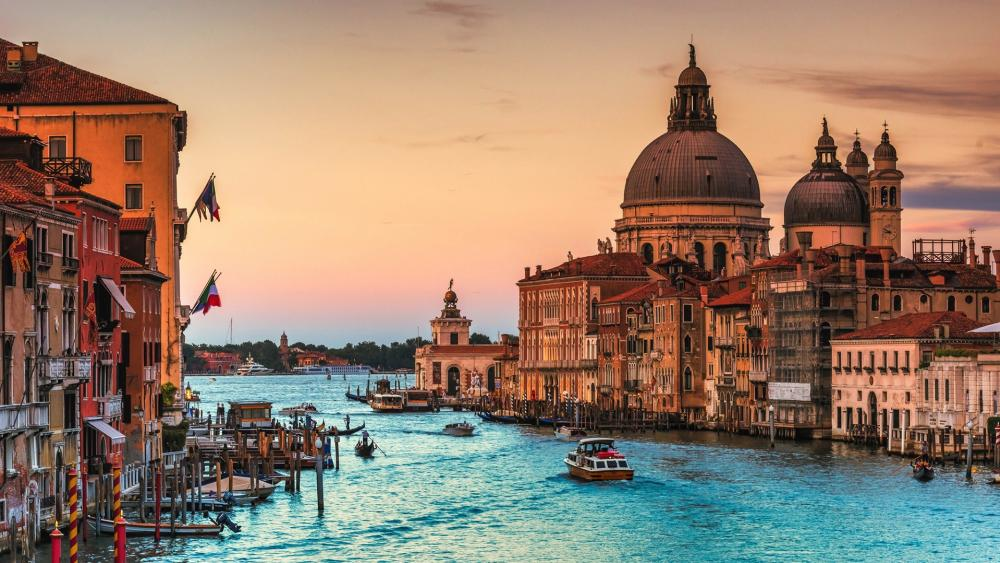 Canal Grande at sunset wallpaper