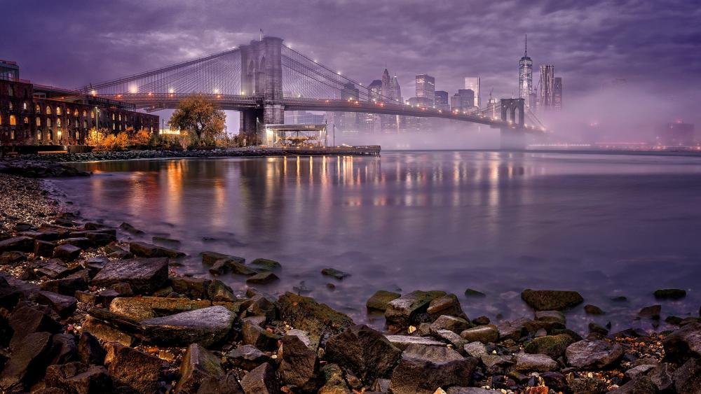Brooklyn Bridge in the mist wallpaper