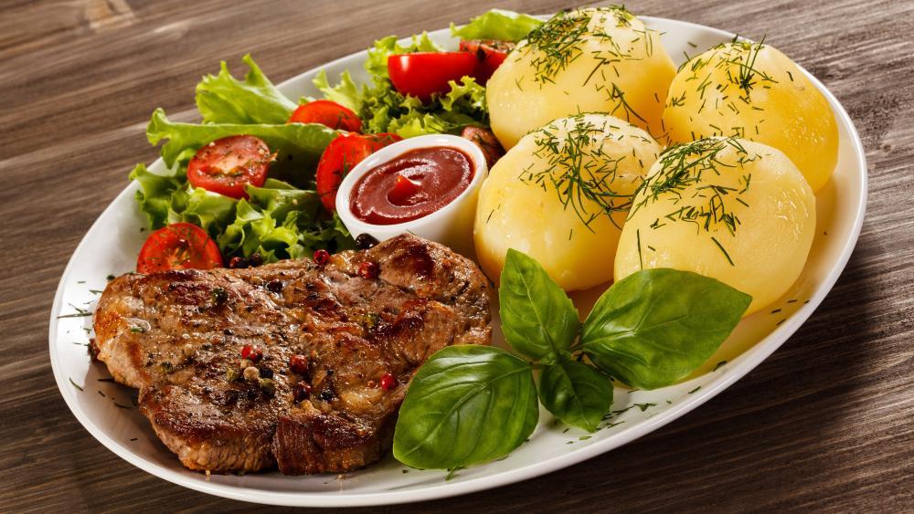 Beef steak with potato wallpaper