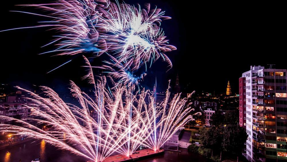 Fireworks in Groningen wallpaper