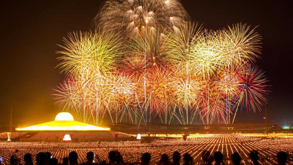 Watching the Fireworks at Wat Phra Dhammakaya wallpaper