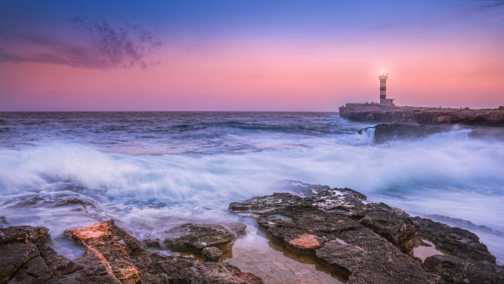 Breakwater lighthouse wallpaper