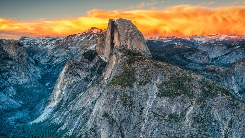 Half Dome (Yosemite National Park) wallpaper