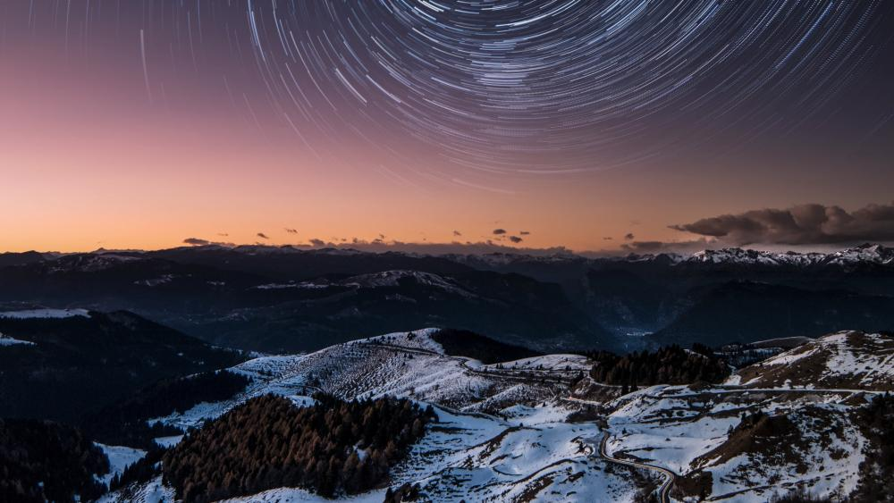 Star trails wallpaper
