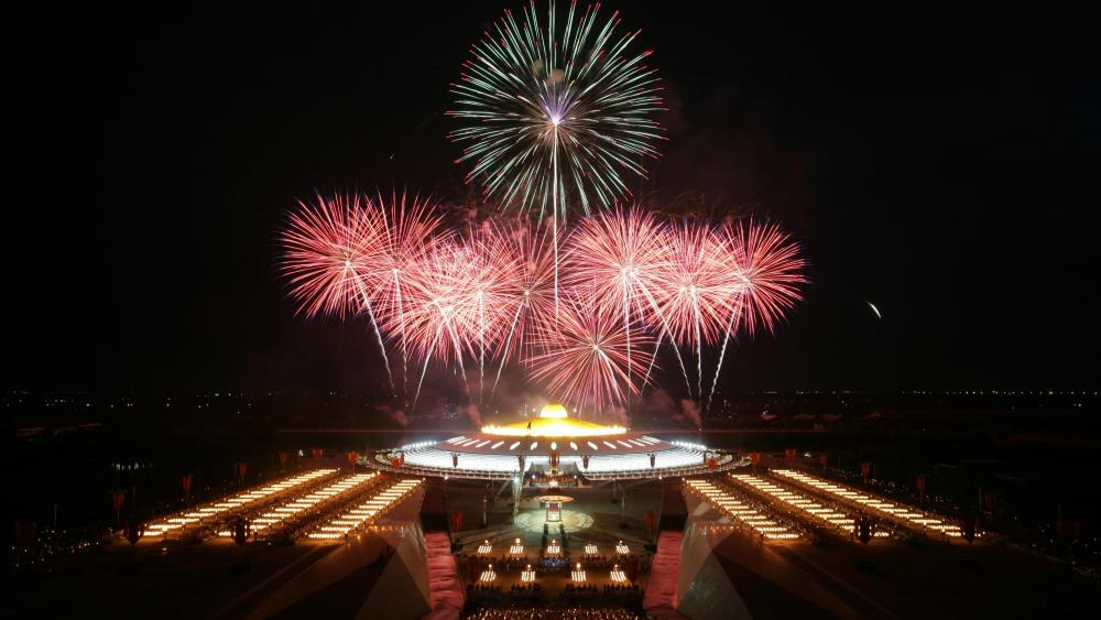 Dhammakaya Temple with Fireworks wallpaper