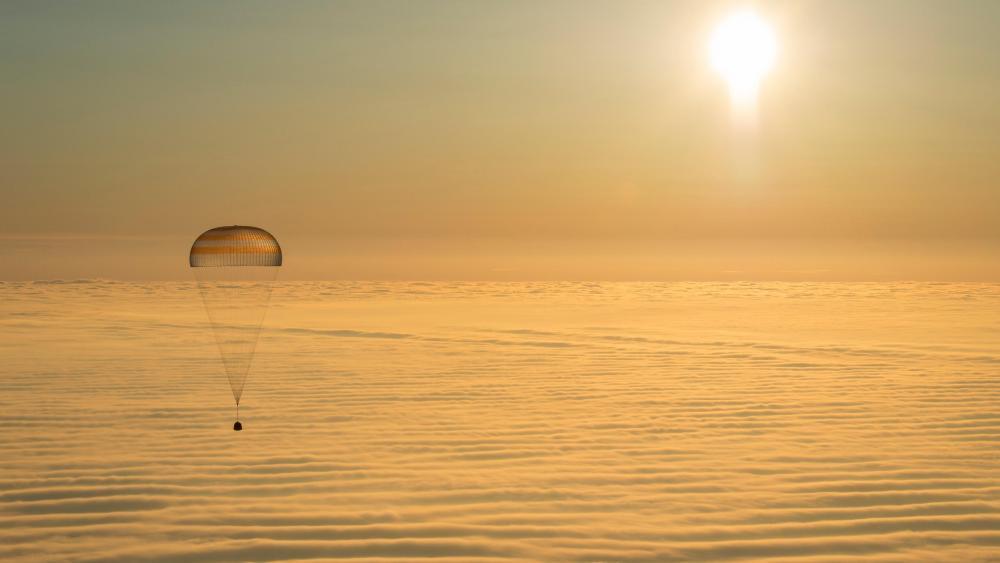 Expedition 42 Soyuz TMA-14M Landing wallpaper