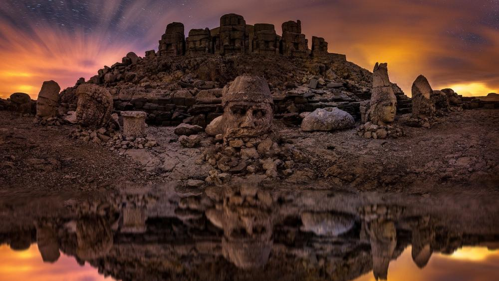Mount Nemrut wallpaper