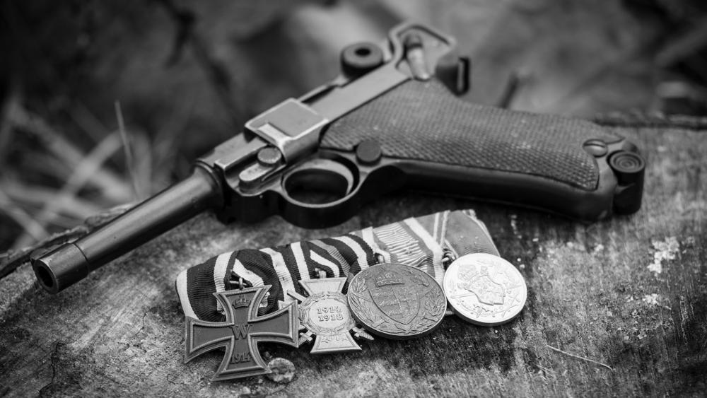 Medals of the First World War wallpaper