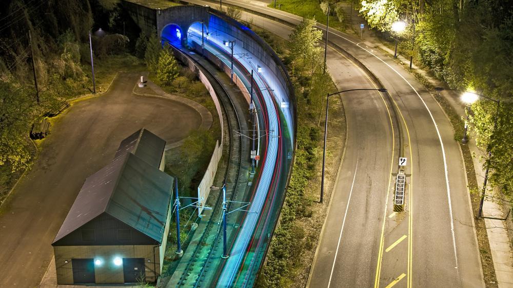 LRT Tunnel in Portland wallpaper