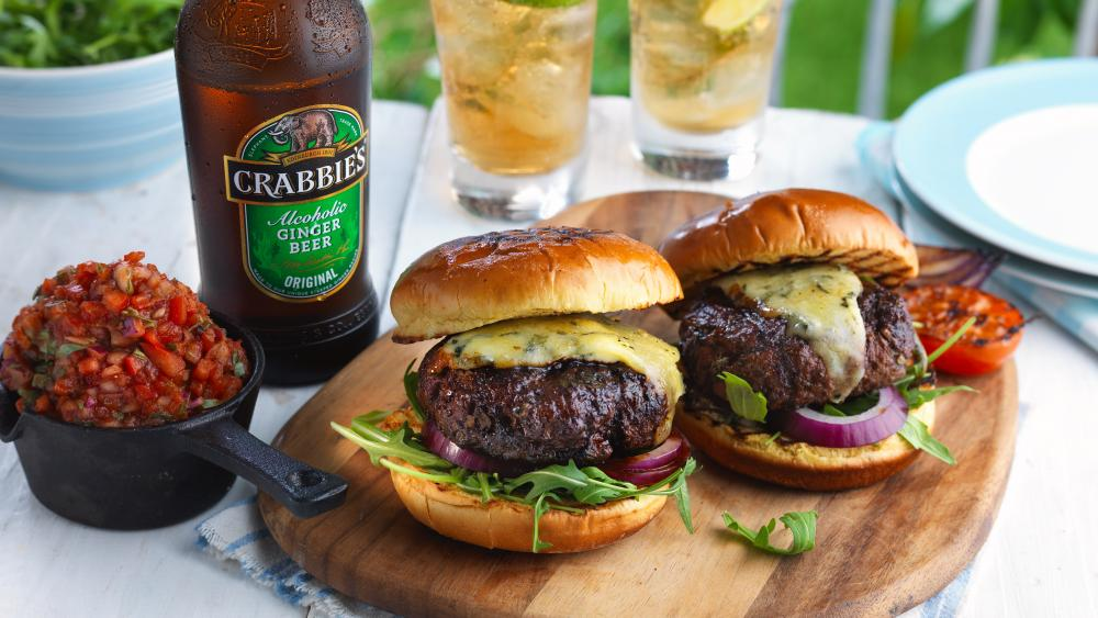 Burger with ginger beer wallpaper