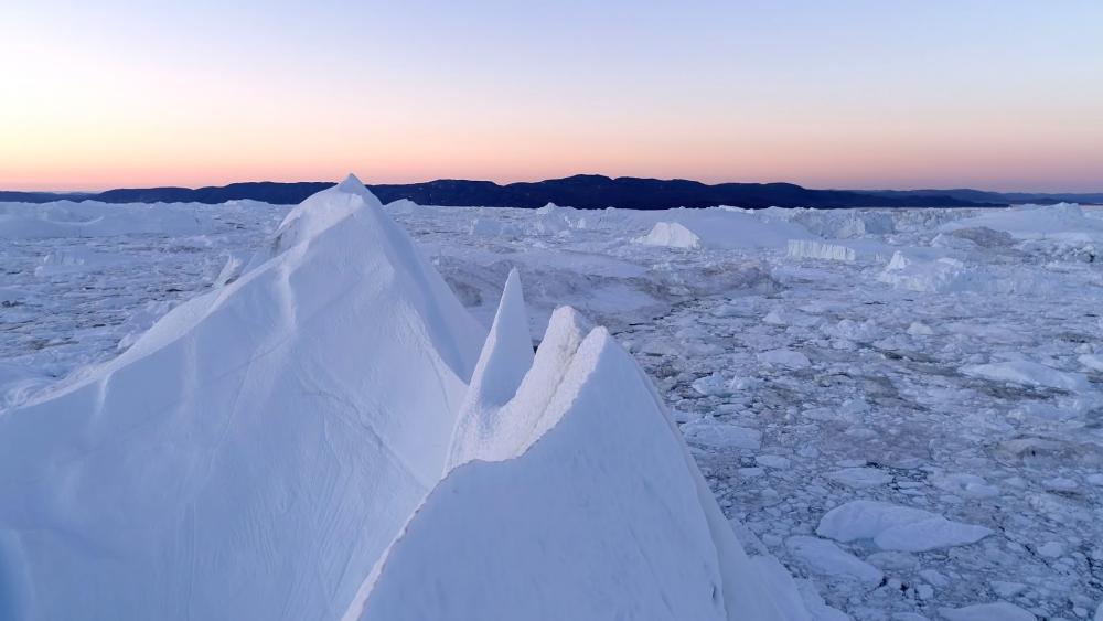 Icy landscape wallpaper