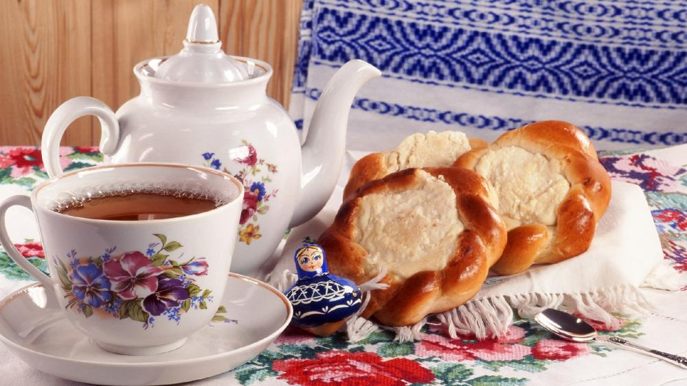 Russian tea with Vatrushka wallpaper