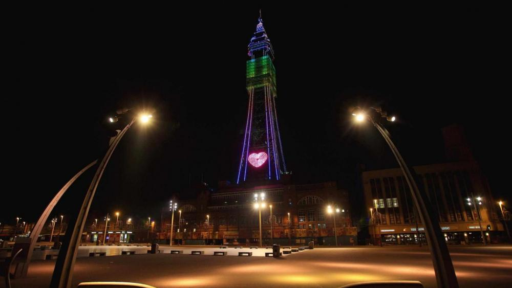 Blackpool Tower By Night HD Wallpaper
