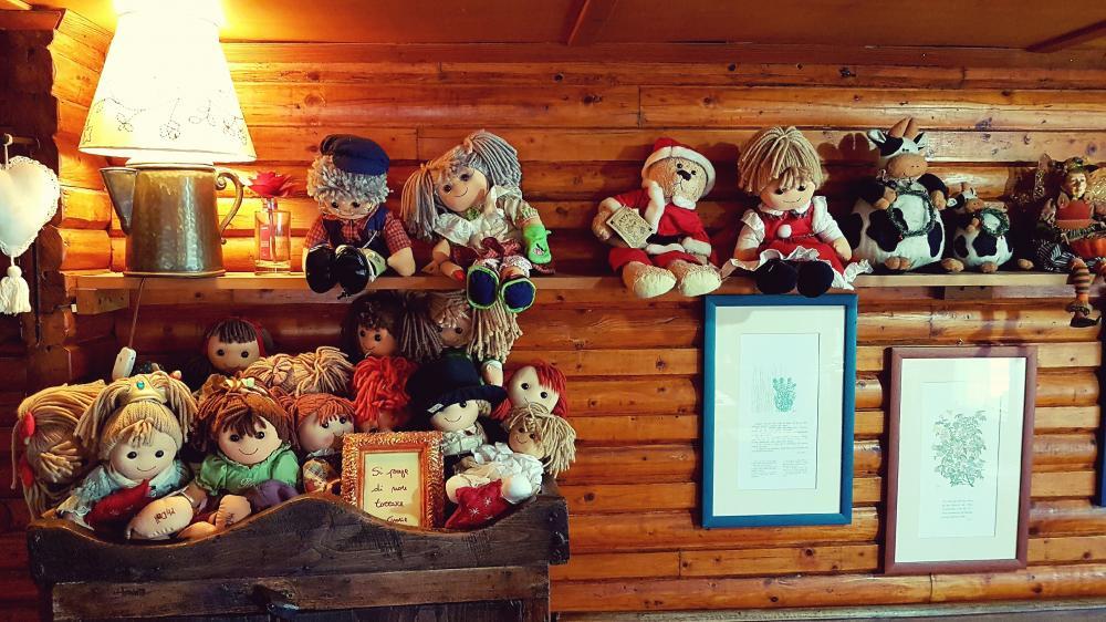 Rag Dolls wallpaper