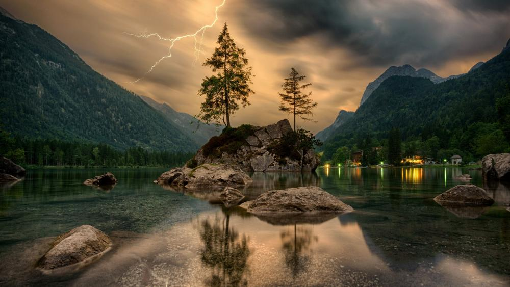 Stormy weather with lightning strike at Hintersee wallpaper