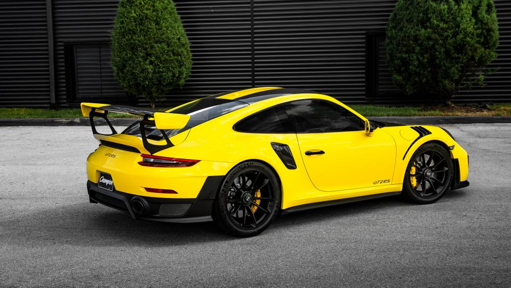 Porsche 911 GT2 RS wallpaper