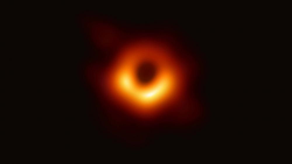 The first-ever picture of a black hole wallpaper
