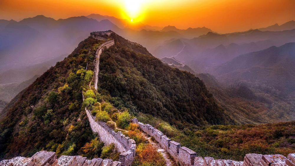 The Great Chinese Wall at sunset wallpaper