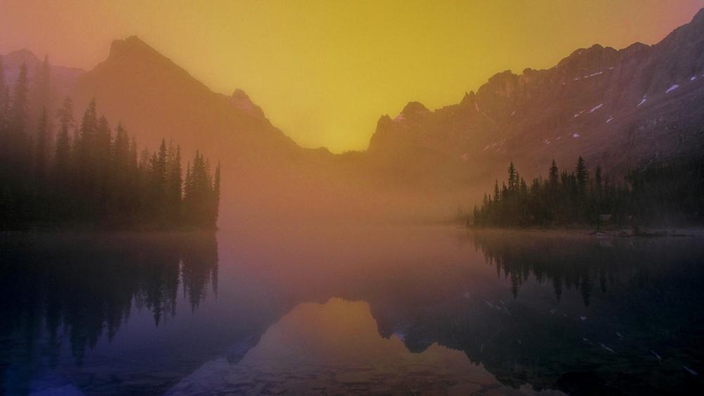 Calm mountain lake wallpaper