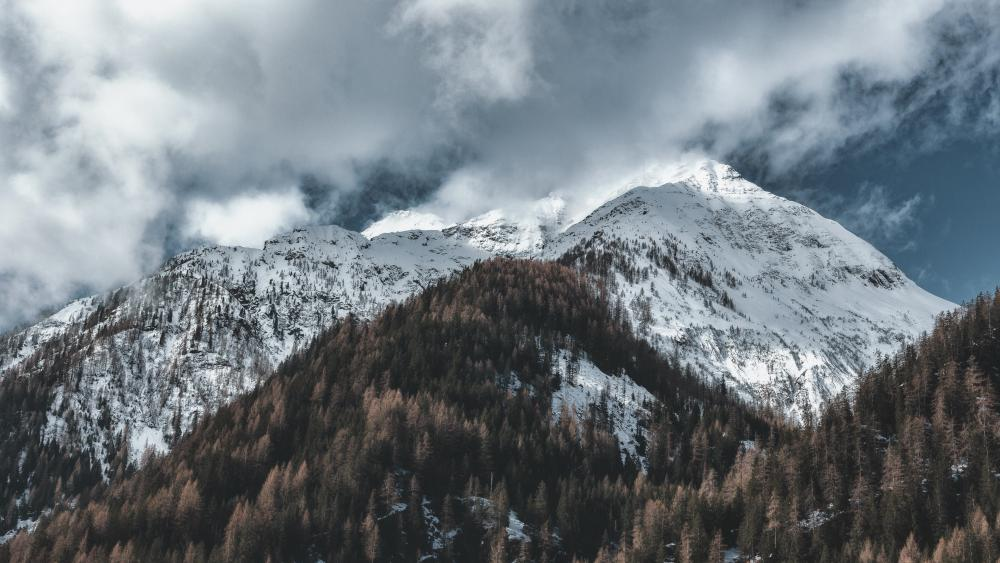Snow-capped mountain wallpaper