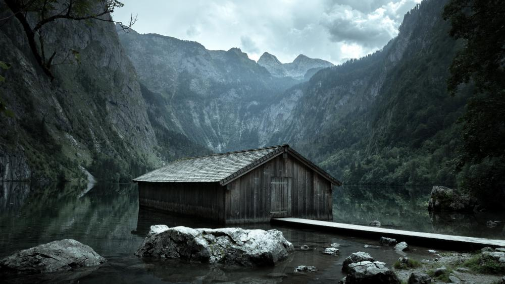 Boathouse on Obersee Lake wallpaper