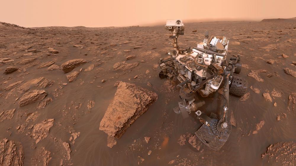Curiosity's Dusty Selfie at Duluth wallpaper