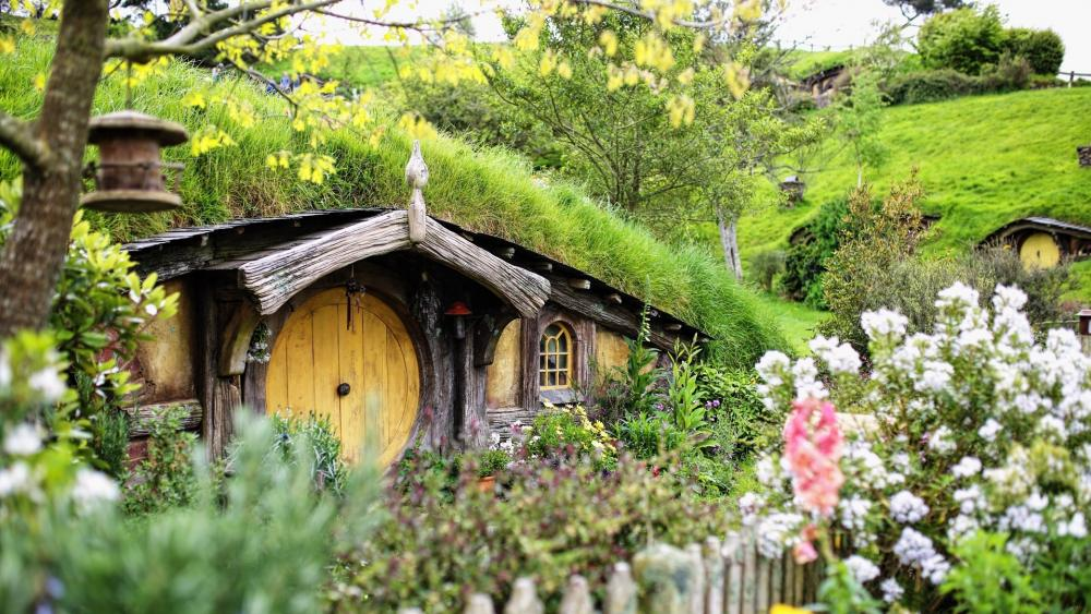 Hobbiton Movie Set wallpaper