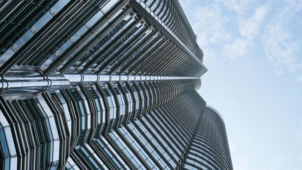 Low-Angle Shot of the Petronas Twin Towers wallpaper
