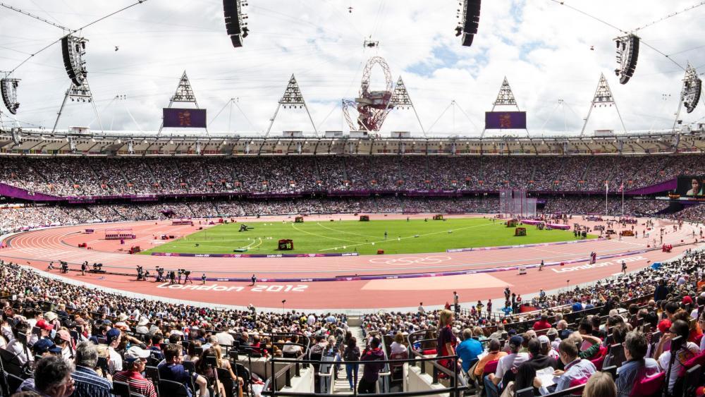 London Stadium Panorama wallpaper