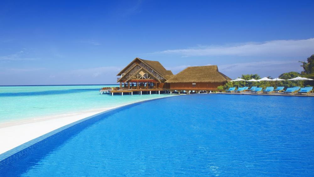 Seaside resort in Maldives wallpaper