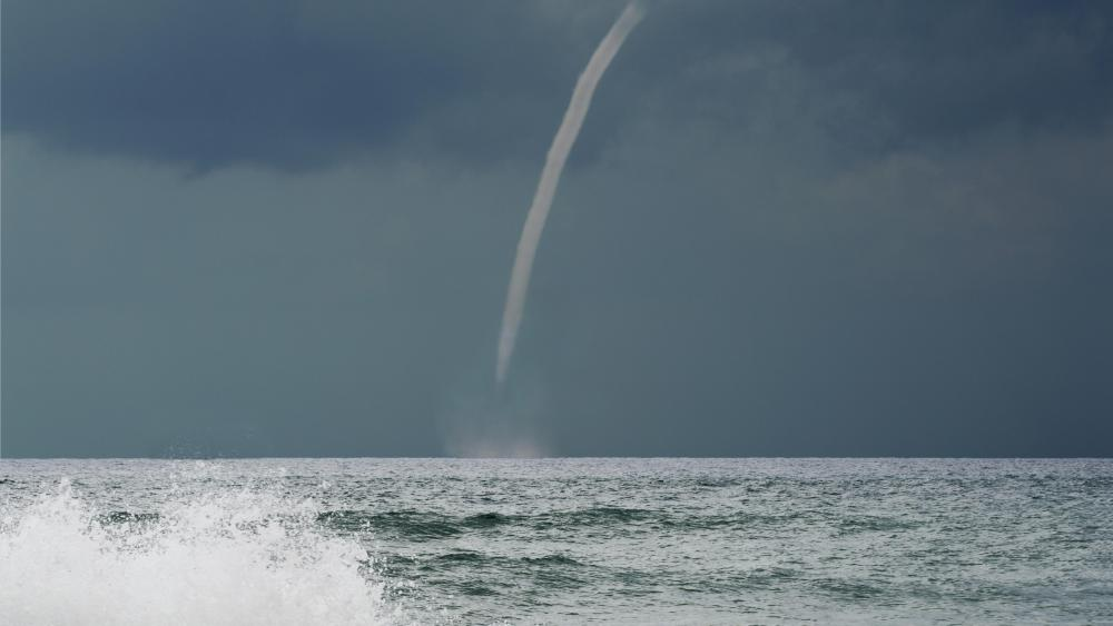 Waterspout off the Coast of Italy wallpaper
