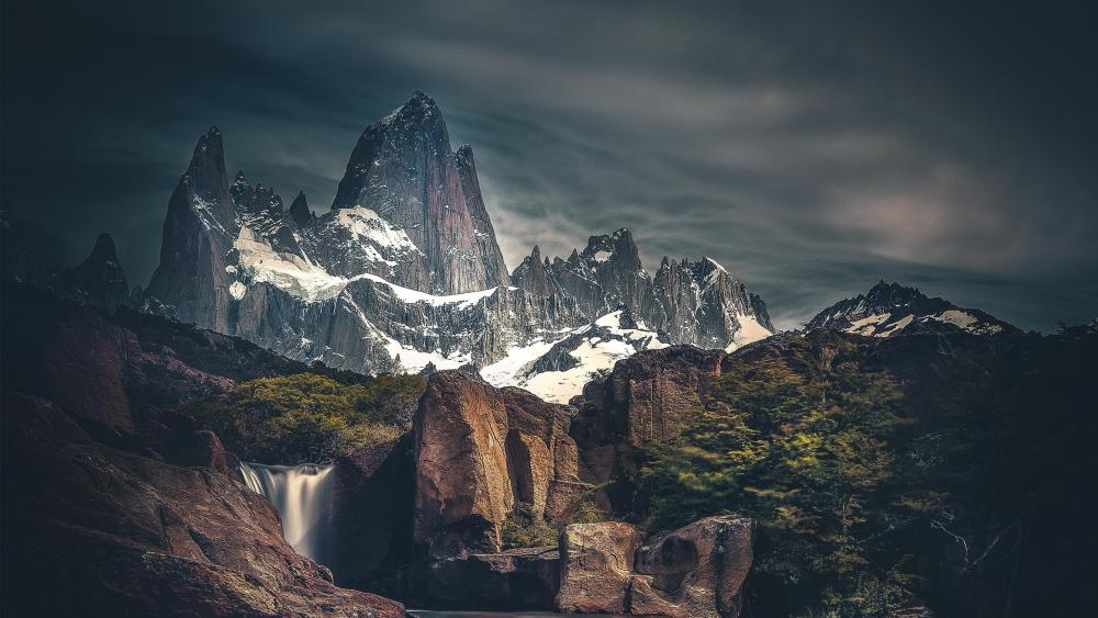 Monte Fitz Roy Hidden Falls wallpaper