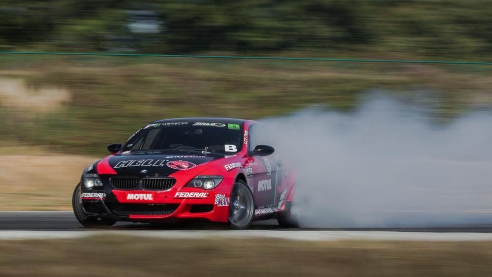 BMW M6 Drifting wallpaper