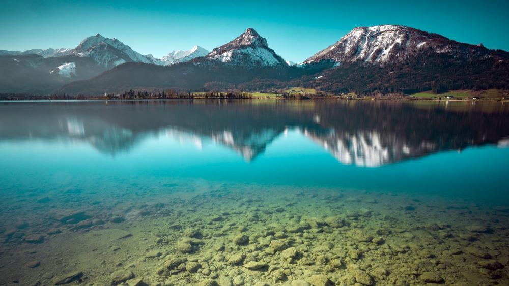 Wolfgangsee Lake wallpaper