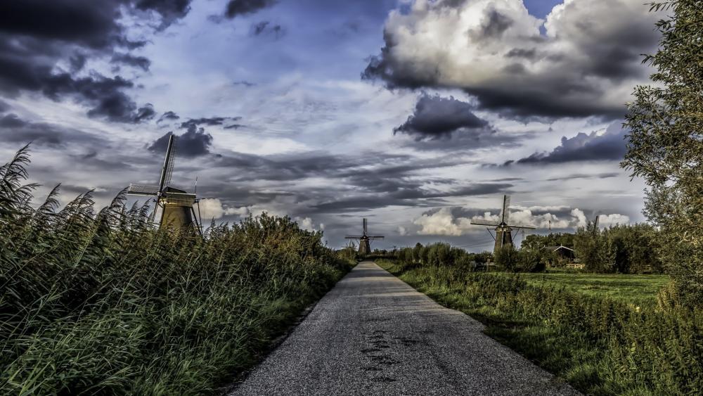 The windmills at Kinderdijk wallpaper