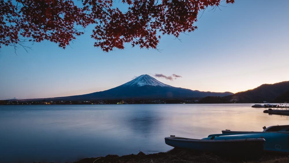 Lake Ashi wallpaper
