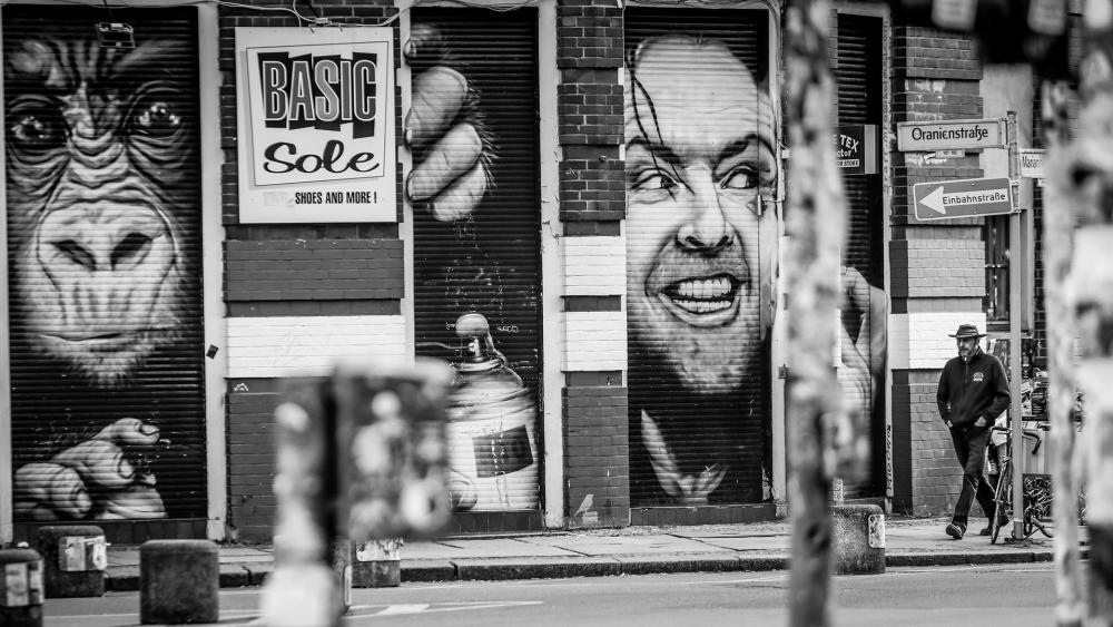 Street art in Kreuzberg wallpaper