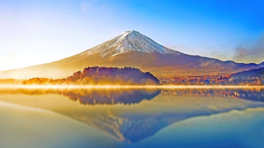 Mount Fuji refleclected in Lake Kawaguchi, Japan wallpaper